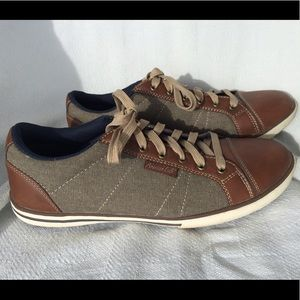 American Eagle Brown Canvas Sneakers Sz 8.5